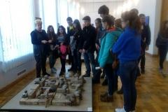 Майстер - клас зі створення скульптур у техніці пап'є-маше в Обласному художньому музеї